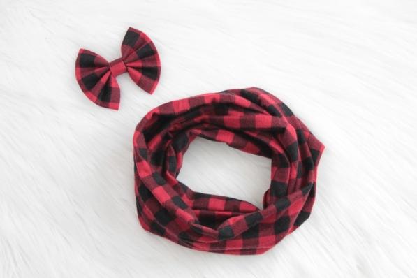 blackandredscarfset (1)_lilypads&lace.jpg